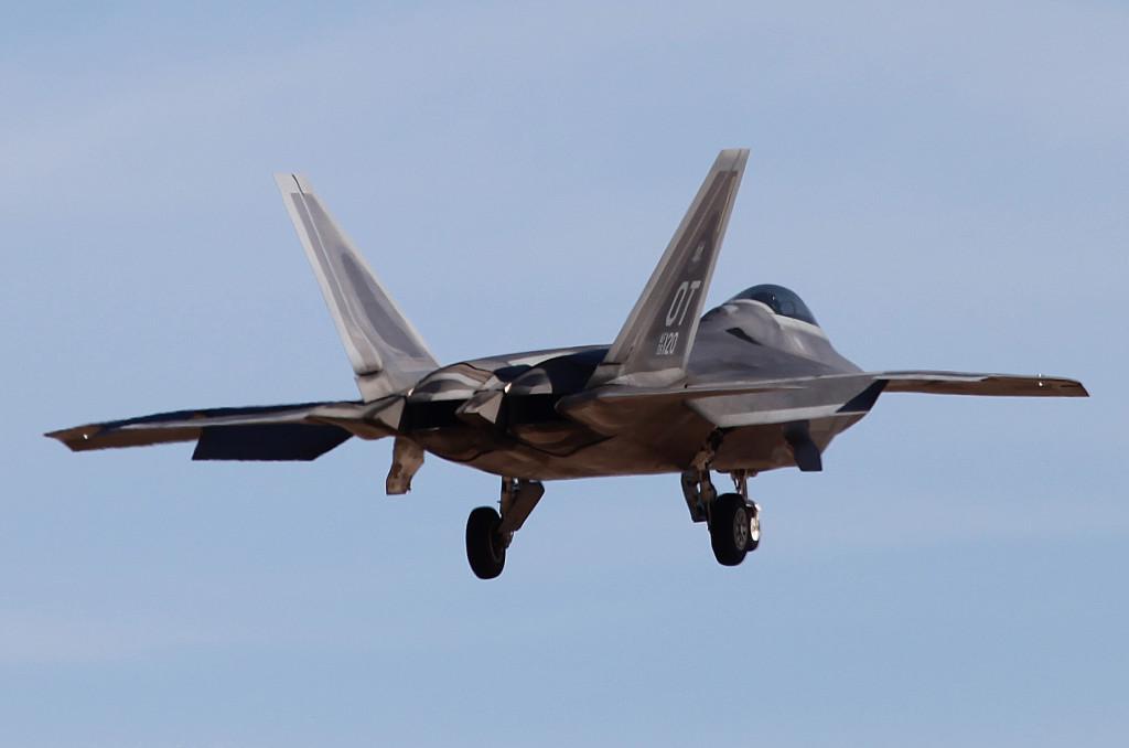 F22 Landing