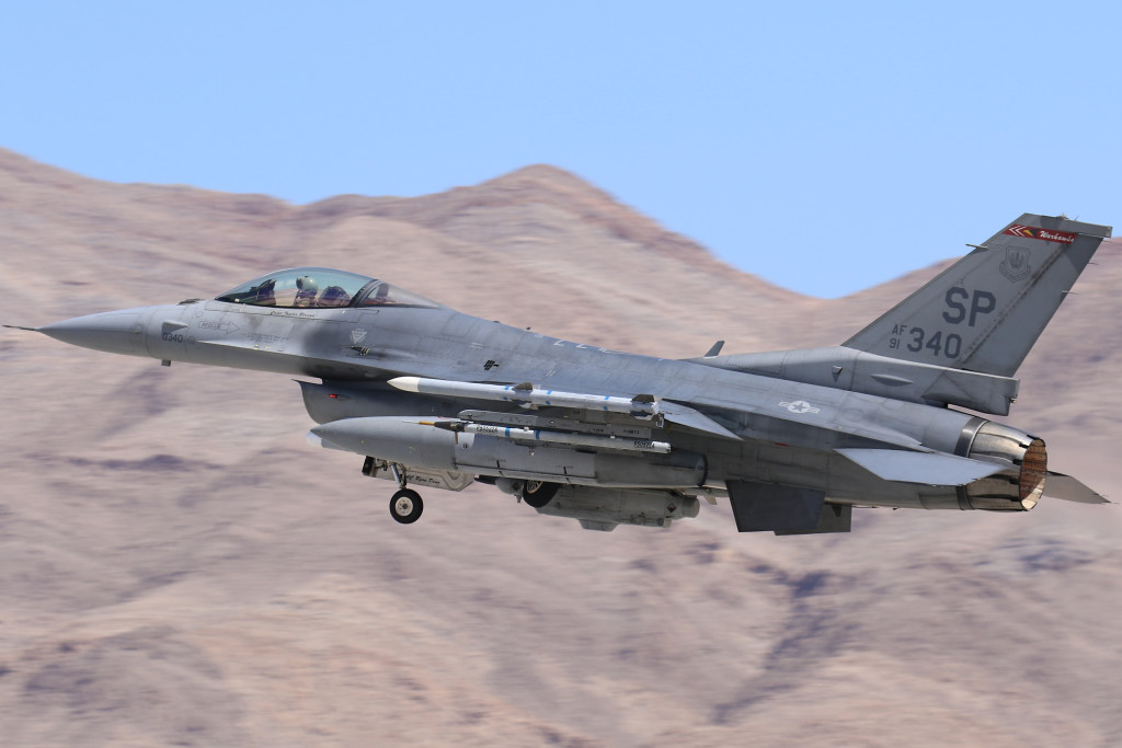 F-16CJ 91-0340 from the 480FS Warlords' from Spangdahlem AFB captured during take off for Red Flag 15-3 in July 2015 on Nellis AFB Nevada